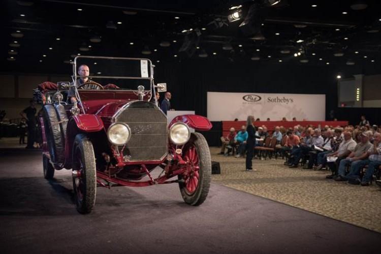1913 Pierce-Arrow Model 66-A Seven-Passenger Touring