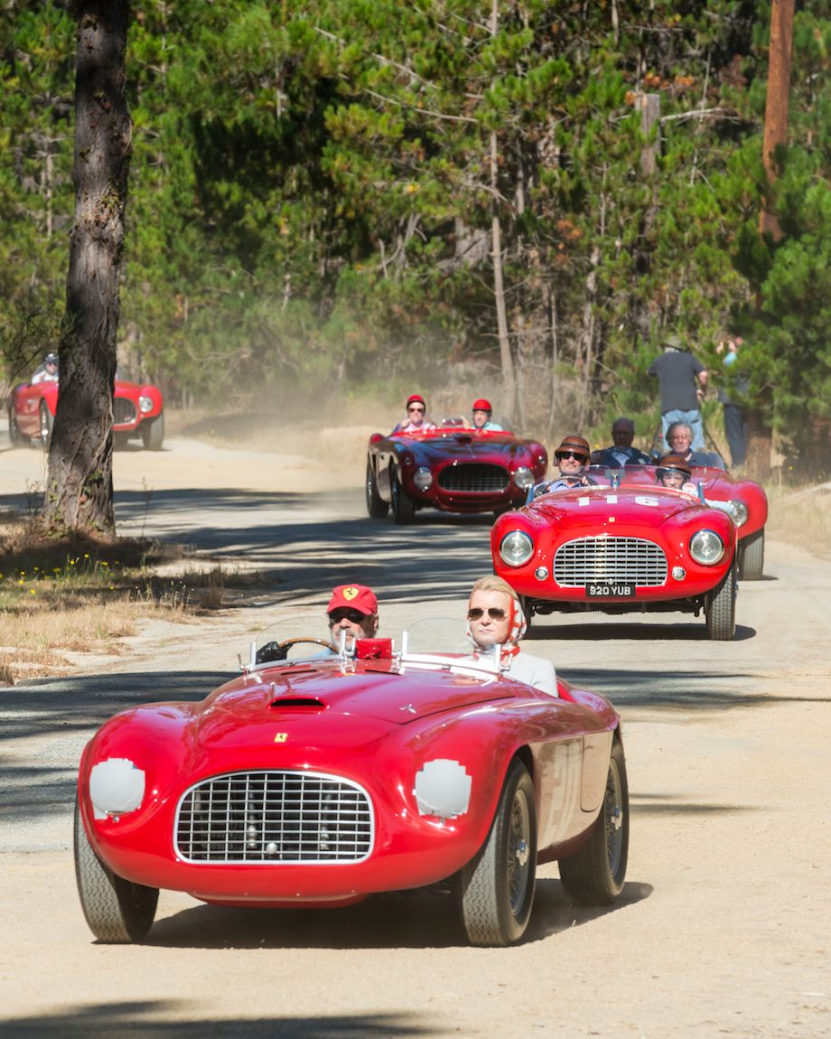 1949 Ferrari 166 MM Touring Barchetta of Jon Shirley leads the group