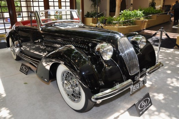 <strong>1938 Talbot-Lago T120 Roadster – Sold for $900,000 versus pre-sale estimate of $1,250,000 - $1,500,000.</strong>