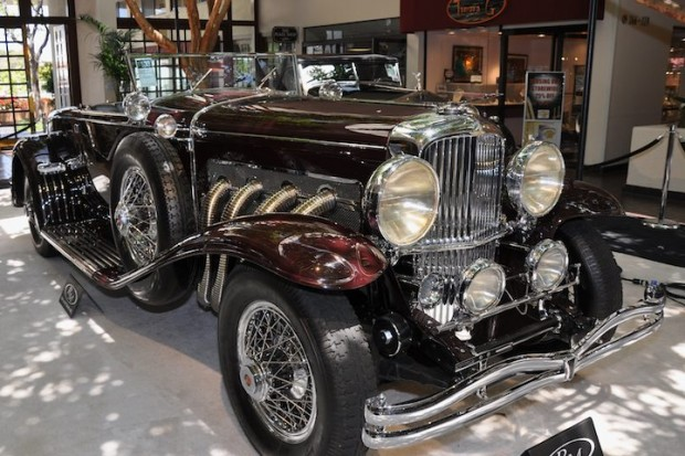 <strong>1935 Duesenberg Model SJ Disappearing Top Convertible Coupe – Sold for $1,430,000 versus pre-sale estimate of $1,300,000 - $1,600,000.</strong> Ex-William Randolph Hearst.