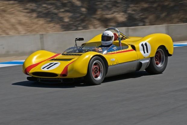 Mike Blackie - 1964 Huffaker Genie Mk 8  into turn 8
