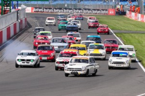Start of the Under Two Liter Touring Cars