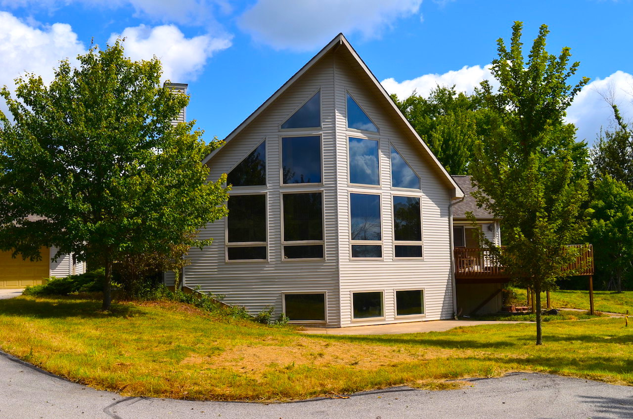 Custom 3 Bedroom Home On Bsmt With Pond And Outbuildings On Cook Rd