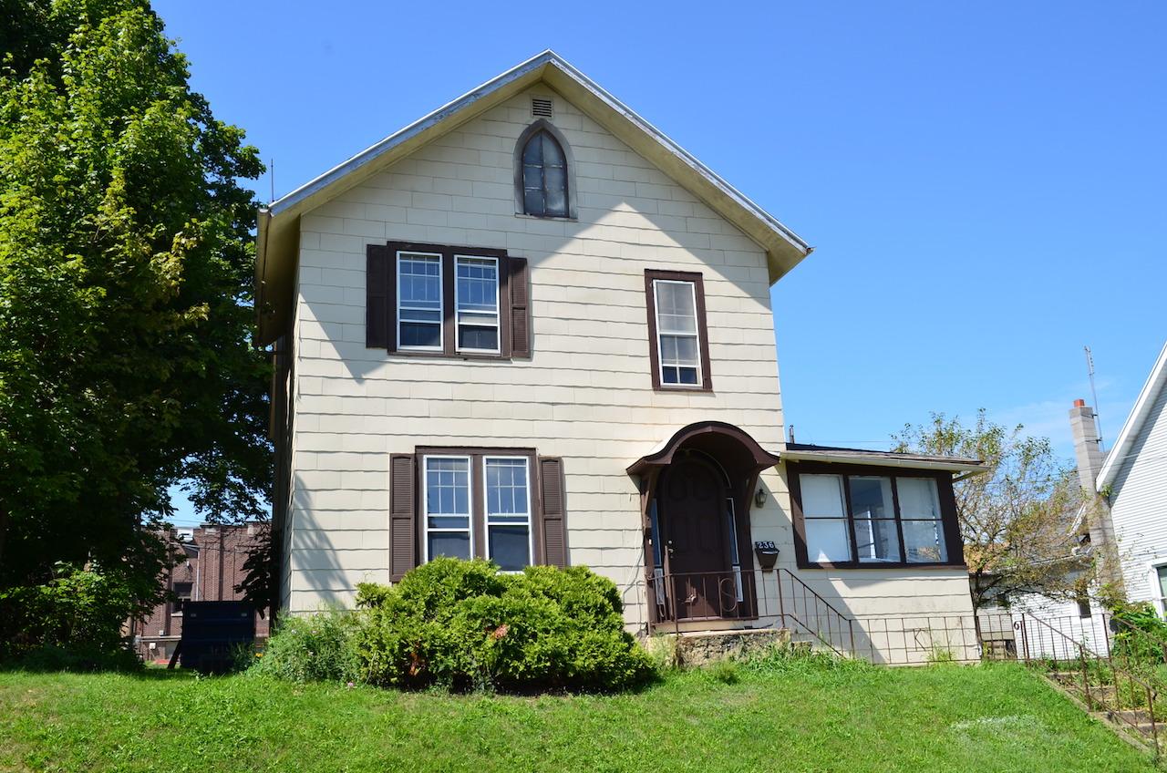 Real Estate Auction In Downtown Huntington Indiana