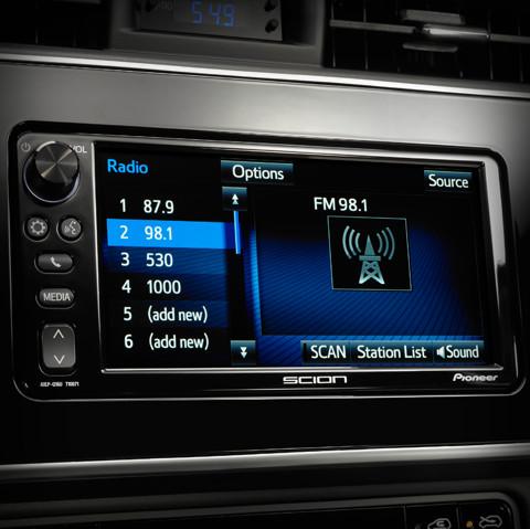 Système audio Pioneer avec écran tactile de 7 pouces