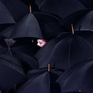 Scissors - Photographer Spotlight: Guy Bourdin - Touchpuppet