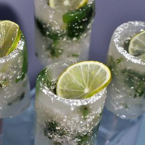 Cache Money - Edible shot glasses | Luxirare