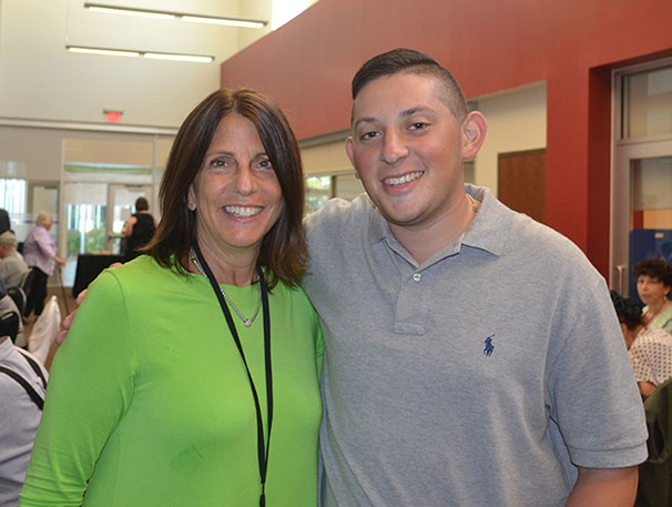 Sherry Kaplan and Alex Ryb at a lunch for Holocaust survivors