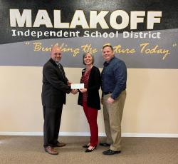 Lona Mauk - State Farm Makes Donation to MEF