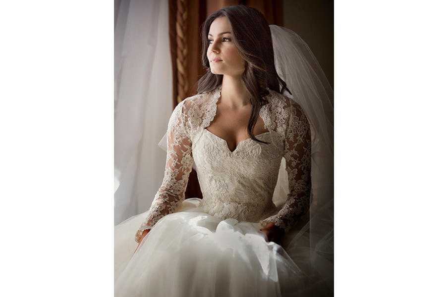 bridal portraits window light