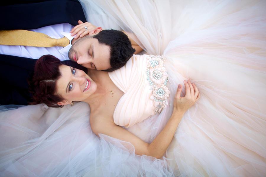 couple portraits wedding dress