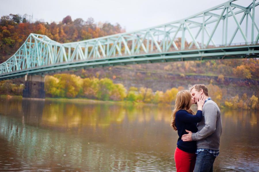 pre wedding photoshoot bridge and lake