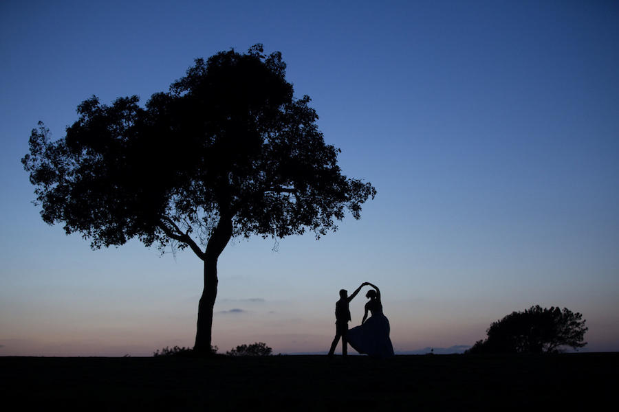 silhouette wedding photography