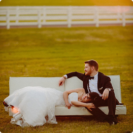 Pro Wedding Photographer Tips Nail the Engagement Session