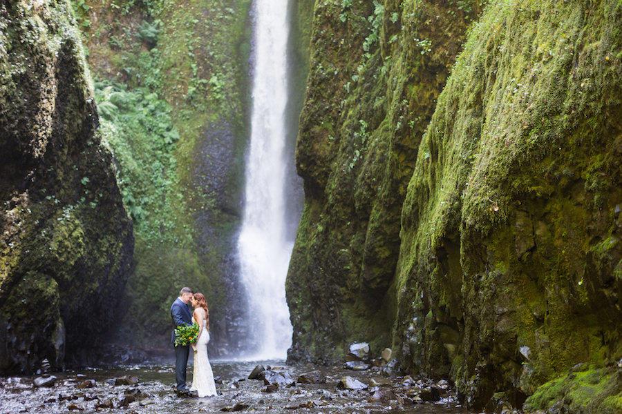 wedding photography waterfall