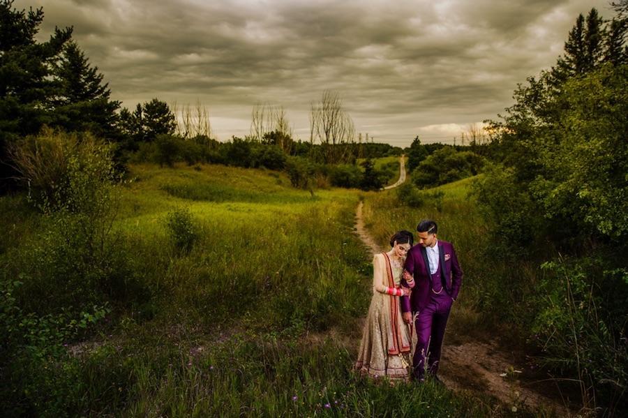 outdoor couple portraits gray sky