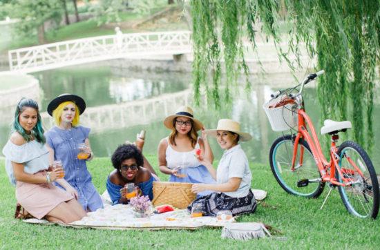 Diversity Chic: Sunday in the Park   Stephanie Drenka