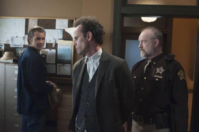 Timothy Olyphant as Deputy U.S. Marshal Raylan Givens, Walton Goggins as Boyd Crowder, Jim Beaver as Shelby Parlow