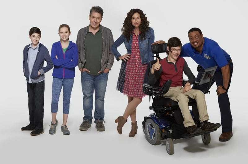 """SPEECHLESS - ABC's """"Speechless"""" stars Mason Cook as Ray, stars Kyla Kenedy as Dylan, John Ross Bowie as Jimmy, Minnie Driver as Maya, Micah Fowler as JJ and Cedric Yarbrough as Kenneth. (ABC/Kevin Foley)"""