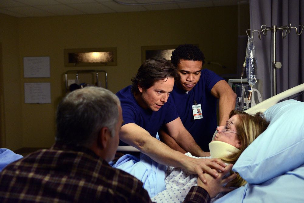 "THE NIGHT SHIFT -- ""The Thing With Feathers"" Episode 302 -- Pictured: (l-r) Scott Wolf as Dr. Scott Clemmens, Robert Bailey, Jr. as Dr. Paul Cummings -- (Photo by: Ursula Coyote/NBC)"