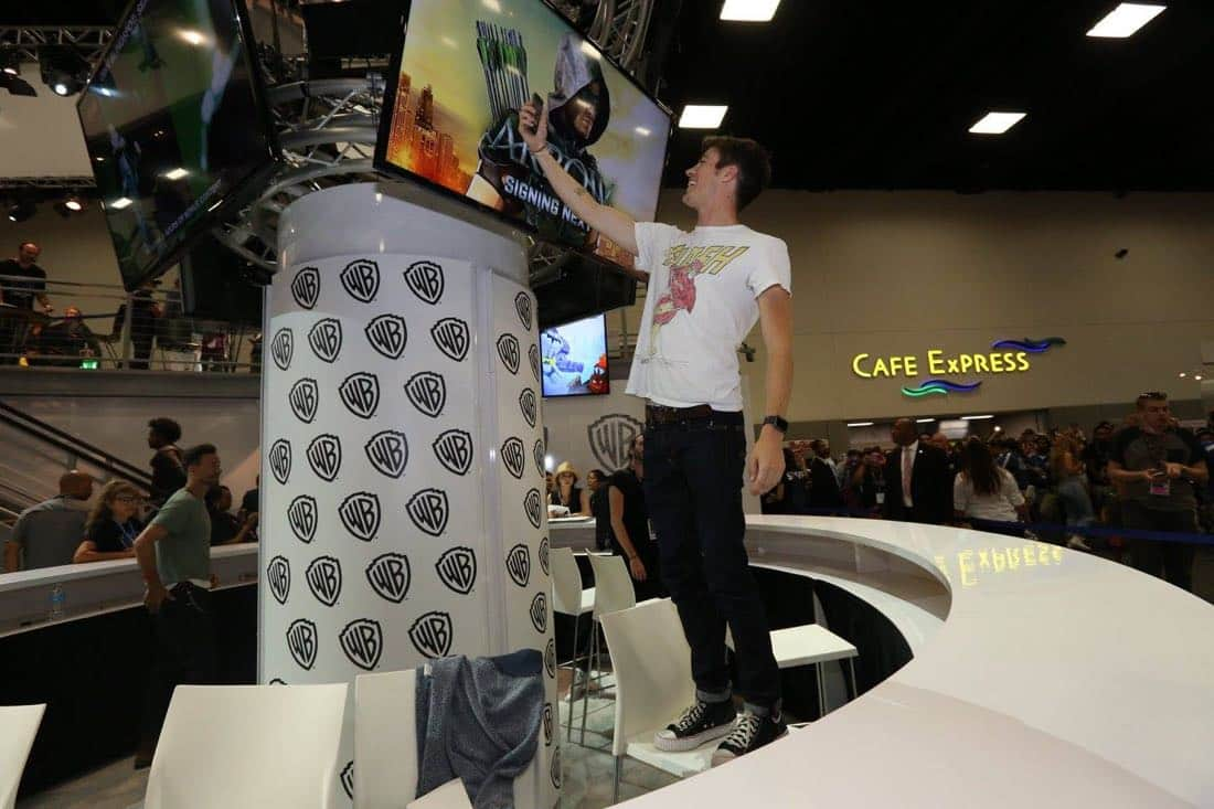 The Flash San Diego Comic Con 2016-04