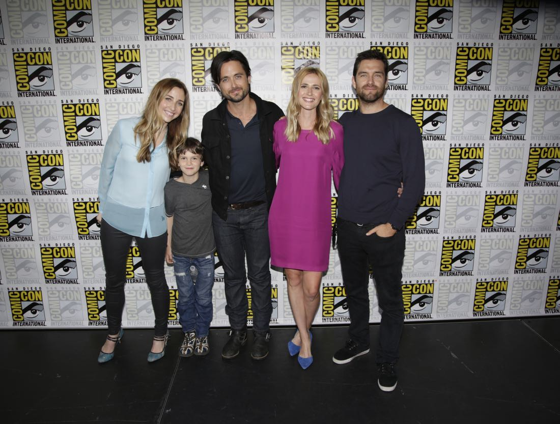 Executive Producer, Corinne Brinkerhoff, Gabriel Bateman, Justin Chatwin, Megan Ketch, and Antony Starr of the CBS series AMERICAN GOTHIC during the panel discussion at COMIC-CON® 2016 in San Diego, California. Photo: Francis Specker/CBS ©2016 CBS Broadcasting, Inc. All Rights Reserved