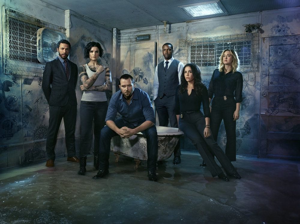 BLINDSPOT -- Season: 2 -- Pictured: (l-r) Ukweli Roach as Dr. Borden, Jaimie Alexander as Jane Doe, Sullivan Stapleton as Kurt Weller, Rob Brown as Edgar Reade, Audrey Esparza as Tasha Zapata, Ashley Johnson as Patterson -- (Photo by: Matthias Clamer/NBC)