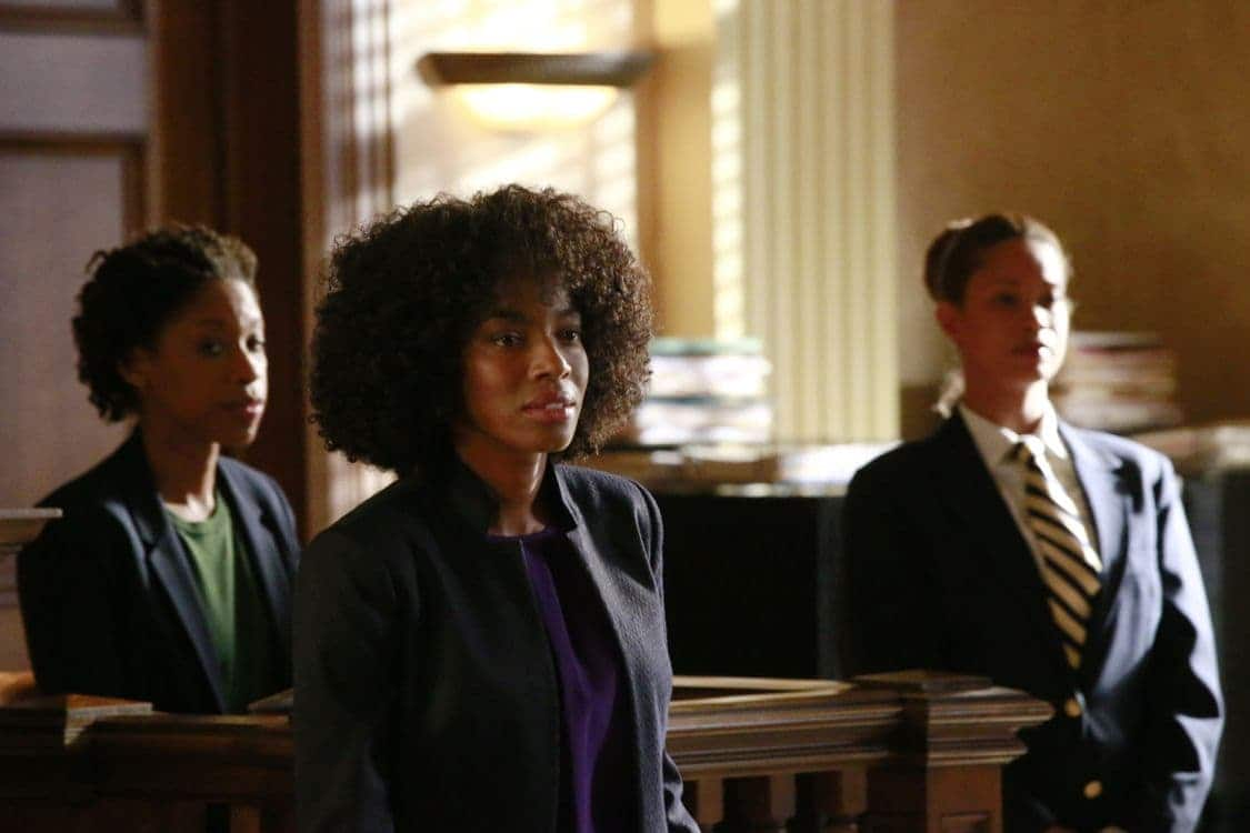 "HOW TO GET AWAY WITH MURDER - ""Always Bet Black"" - Annalise presents her class with a high-profile murder case that pushes even the Keating 5's morals, while Laurel makes a shocking discovery through an unlikely source, on ""How to Get Away with Murder,"" THURSDAY, OCTOBER 6 (10:00-11:00 p.m. EDT), on the ABC Television Network. (ABC/Mitch Haaseth) AMBER FRIENDLY, MILUANA JACKSON"