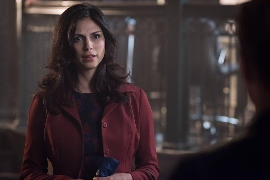 "GOTHAM: Morena Baccarin in the""Mad City: Look Into My Eyes"" episode of GOTHAM airing Monday, Oct. 3 (8:00-9:01 PM ET/PT) on FOX.  ©2016 Fox Broadcasting Co. Cr: Jeff Neumann/FOX."