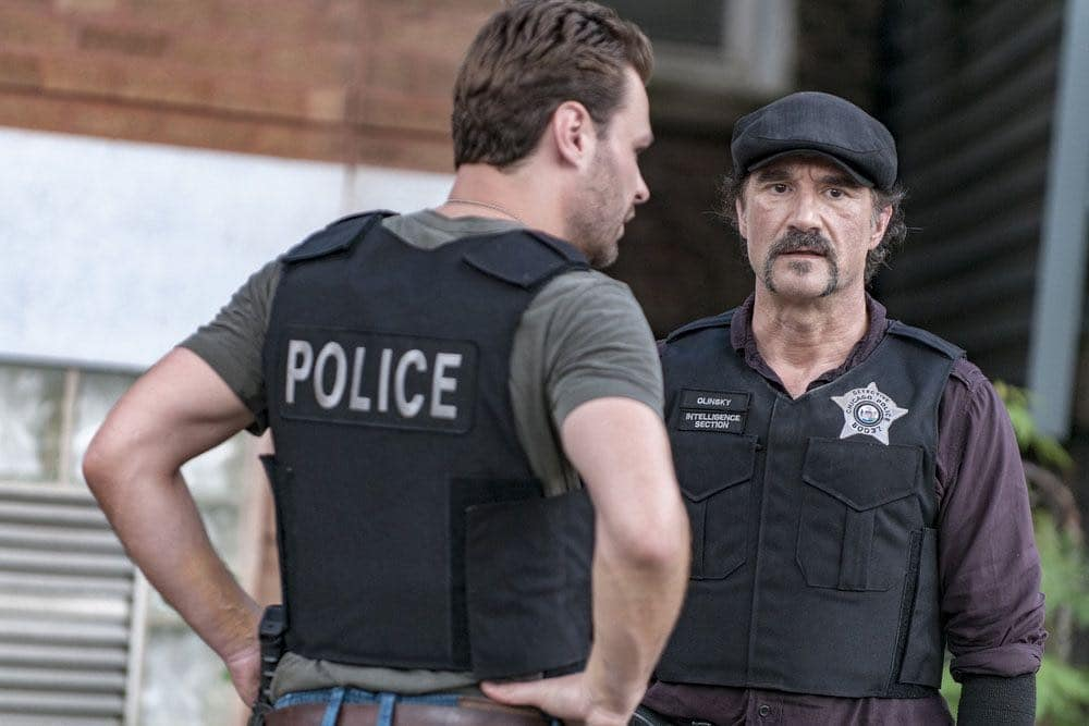 """CHICAGO P.D. -- """"Made a Wrong Turn"""" Episode 402 -- Pictured: Elias Koteas as Alvin Olinsky -- (Photo by: Matt Dinerstein/NBC)"""