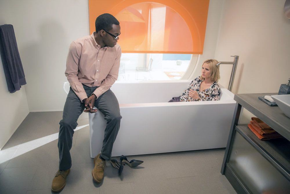 """THE GOOD PLACE -- """"...Someone Like Me as a Member"""" -- Pictured: (l-r) William Jackson Harper as Chidi, Kristen Bell as Eleanor -- (Photo by: Ron Batzdorff/NBC)"""