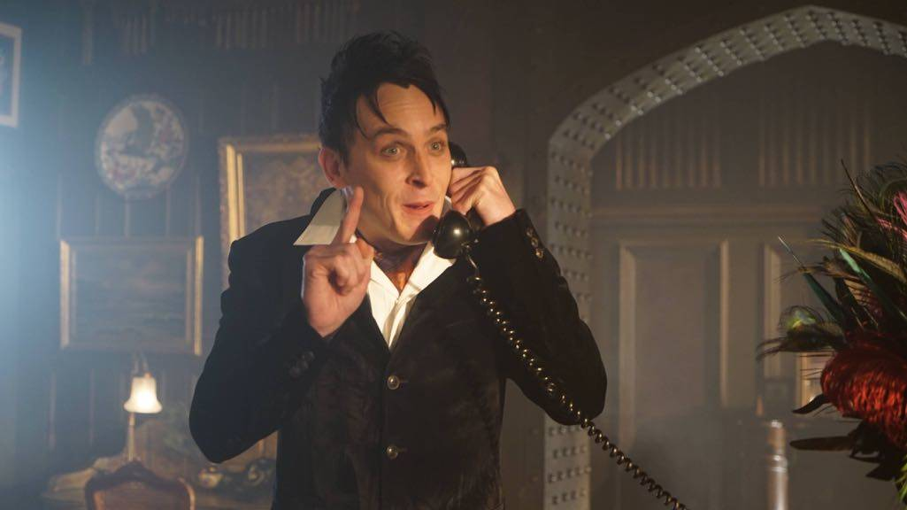 """GOTHAM: Robin Lord Taylor in the """"Mad City: Red Queen"""" episode of GOTHAM airing Monday, Oct. 31 (8:00-9:01 PM ET/PT) on FOX. ©2016 Fox Broadcasting Co. Cr: Nicole Rivelli/FOX."""