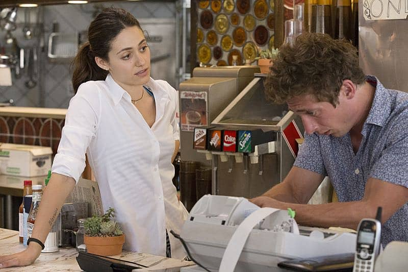 Emmy Rossum as Fiona Gallagher and Jeremy Allen White as Lip Gallagher in Shameless (Season 7, episode 5) - Photo: Paul Sarkis/SHOWTIME - Photo ID: shameless_705_2496