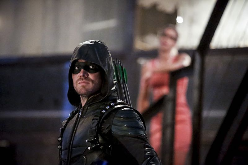 """Arrow -- """"The Recruits"""" -- Image AR502a_0057b.jpg -- Pictured (L-R): Stephen Amell as Green Arrow and Emily Bett Rickards as Felicity Smoak -- Photo: Bettina Strauss/The CW -- © 2016 The CW Network, LLC. All Rights Reserved."""