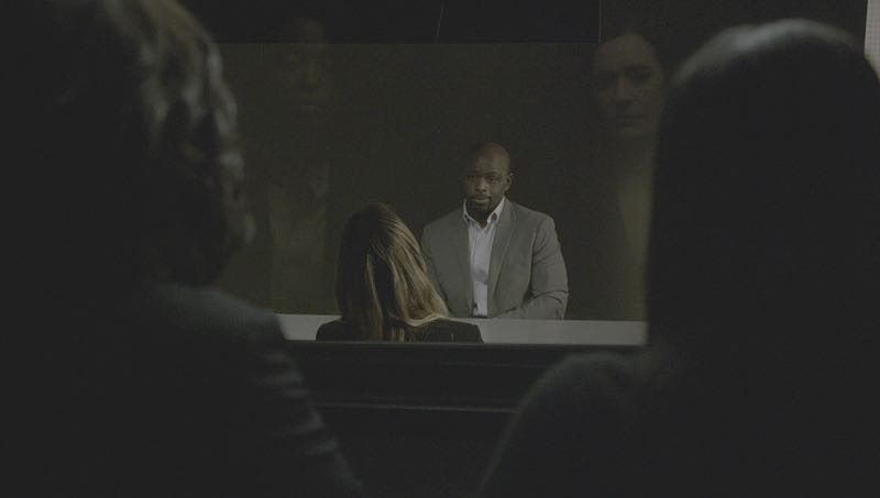 """Mirror Image"" -- The BAU team opens an investigation when a man who fully believes he's Dr. Tara Lewis' (Aisha Tyler) brother arrives in town, knowing everything about her and her family, and she is unable to make contact with her real sibling, on CRIMINAL MINDS, Wednesday, Nov. 30 (9:00-10:00 PM, ET/PT), on the CBS Television Network. Series star Joe Mantegna directed the episode. Pictured: Aisha Tyler (Dr. Tara Lewis), Alimi Ballard (Desmond Holt), Paget Brewster (Emily Prentiss) Photo: CBS ©2016 CBS Broadcasting, Inc. All Rights Reserved"