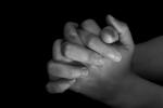 Praying_hands_half