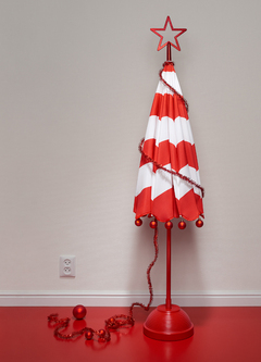 Severafrahm_neon_christmas_tree_adobergb