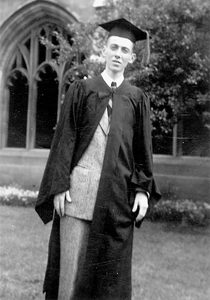 Watson graduates from the University of Chicago, 1947. (Credit: James D. Watson Collection, Cold Spring Harbor Laboratory Archives.)