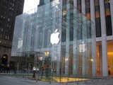 Apple Eyes Grand Central Location, Report Says