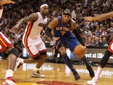 Carmelo Anthony, Knicks Steal Win from Heat in Miami