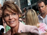 Sarah Palin Visits Statue of Liberty, Proclaims It 'Overwhelming'