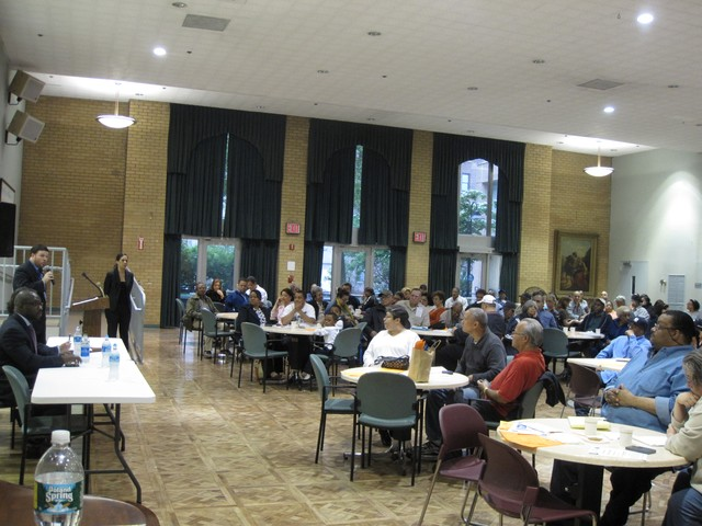 Approximately 200 people attended the meeting hosted by Project Remain/ Nos Quedamos at the Isabella Geriatric Center.