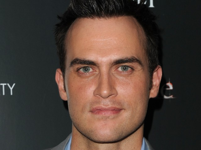 Broadway-star-turned-30 Rock heartthrob, Cheyenne Jackson, helped fill the sexiness void left by Robert Pattinson.