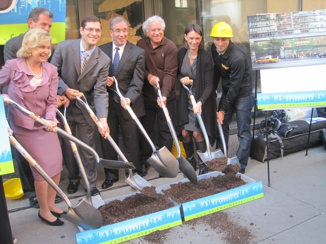 From left: Rep. Carolyn Maloney,  New York City Department of Small Business Comissioner Robert Walsh, Assemblyman Micah Kellner, Borough President Scott Stringer, Fairway CEO Howard Glickberg, Councilwoman Jessica Lappin and Fairway Executive VP Dan Glickberg break ground at the new location.