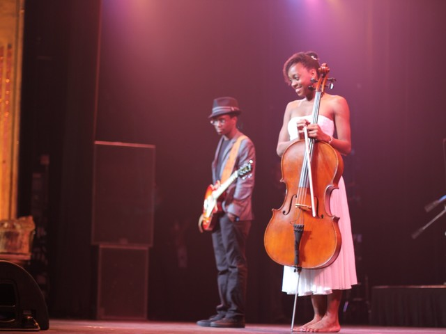 Ayanna Witter-Johnson and guitarist Nathan Foley, the two winners of the 96th annual Super Top Dog Finale at the Apollo Theater.