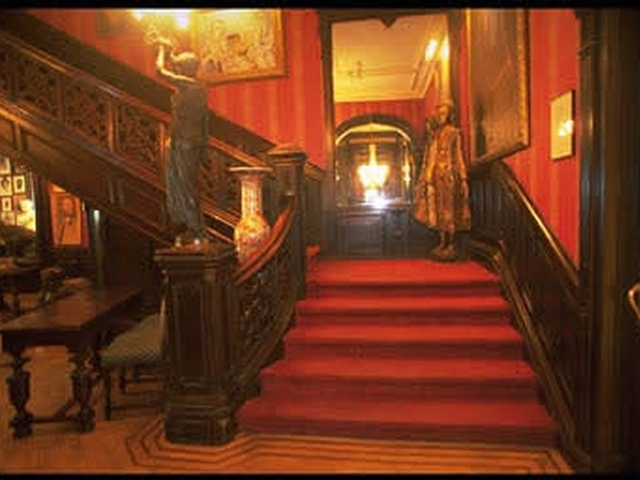 The National Arts Club's Grand Stair