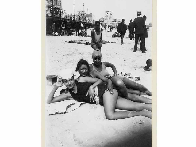 James Van Der Zee photo Atlantic City, 1930. Estimate: $200 - 300