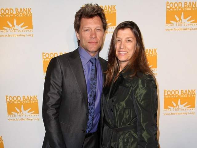 Rocker Jon Bon Jovi and Dorothea Hurley attended the 2011 Can-Do Awards Dinner benefiting the Food Bank for New York City.
