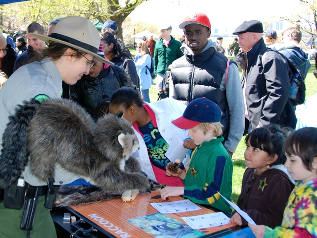 Park Rangers will show kids real urban wildlife at second annual Urban Wildlife Appreciation Day event in Fort Tryon Park.