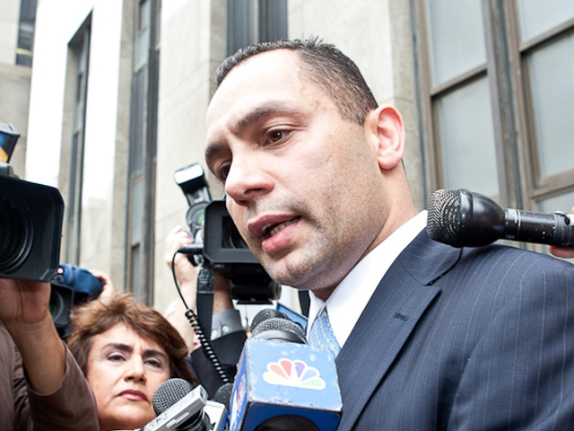 Kenneth Moreno addresses reporters at Manhattan Supreme Court, May 26, 2011.